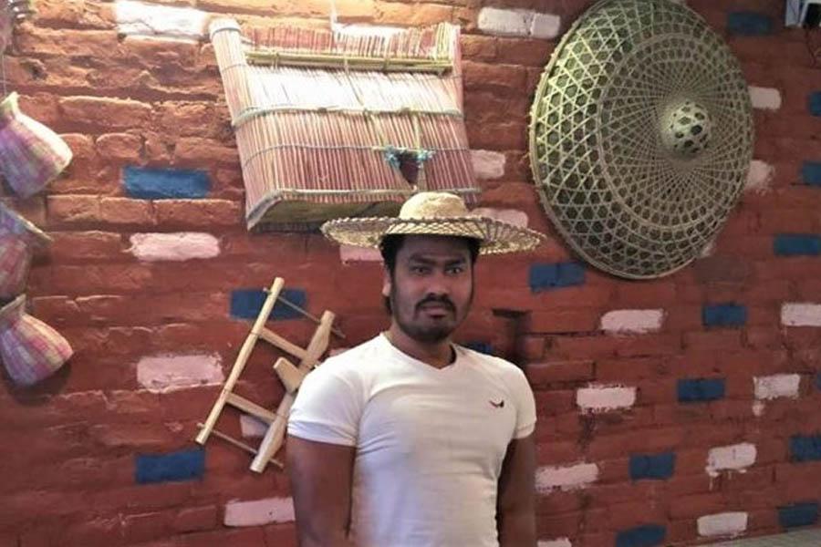 'बरघर'लाई रेस्टुरेन्टमात्र होइन, मिनि थारु संग्राहलय बनाउने योजना छ : सीताराम थारु