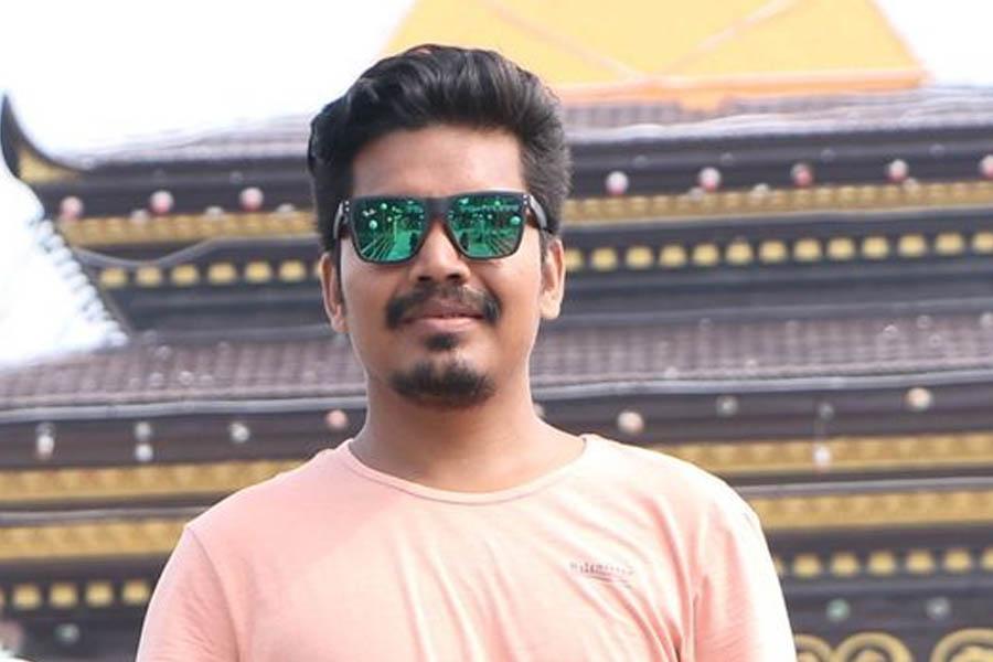 थारू कला सिनेमामा जोड : निर्देशक मदन चौधरी