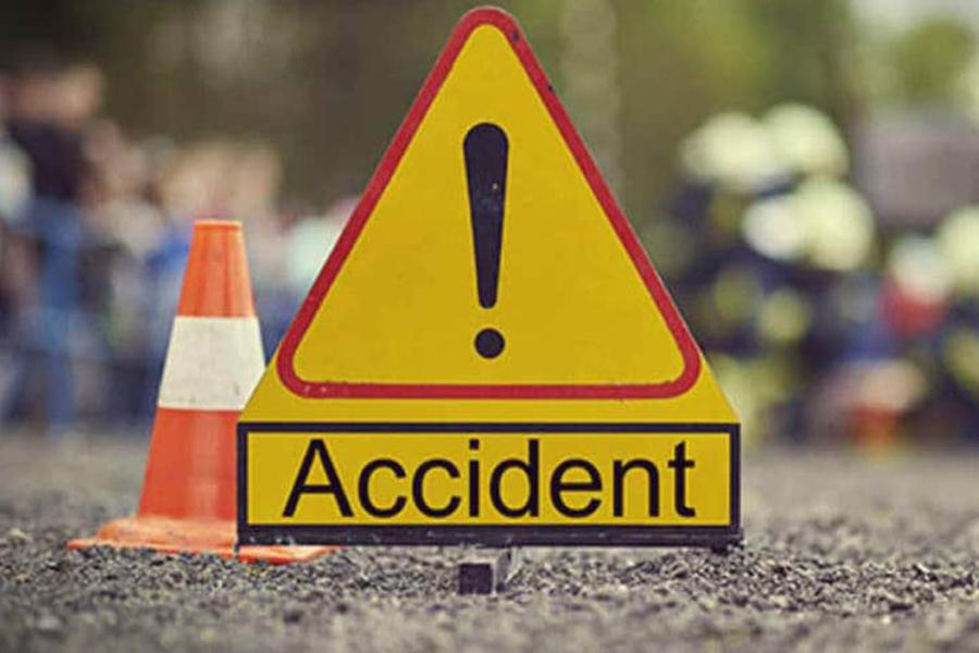 मोटरसाइकल दुर्घटना हुँदा प्रकाश चौधरीसहित तीन जनाको मृत्यु