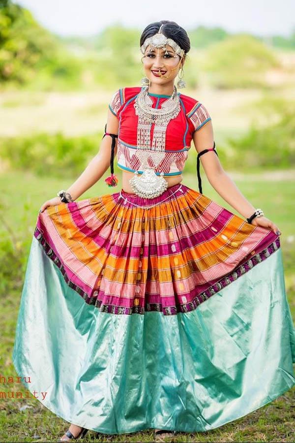 पश्चिम थारु ड्रेस