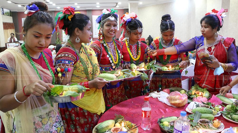 काठमाडौंमा यसरी मनाइयो अष्टिम्की पर्व, हेर्नुस् फोटो फिचर