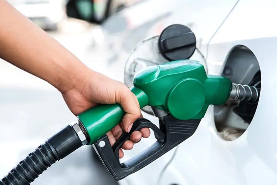 पेट्रोलको मूल्य फेरि बढ्यो, प्रतिलिटर १३० रुपैयाँ