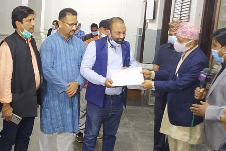 अन्ततः माधव नेपाल र महन्थ ठाकुरका पार्टीले पाए दलको मान्यता